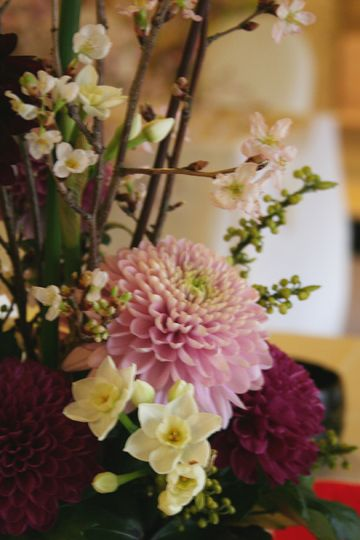 kukkaのウエディングフラワーABC-ピンポンマム、ダリア、水仙、桜