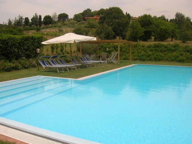 Villa Vivia -20 pax -  Lucca, Lucca... http://www.ciaoitalyvillas.com/