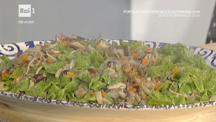 """La ricetta delle pappardelle verdi con funghi e castagne di Alessandra Spisni del 9 novembre 2016 proposta a """"La prova del cuoco"""""""