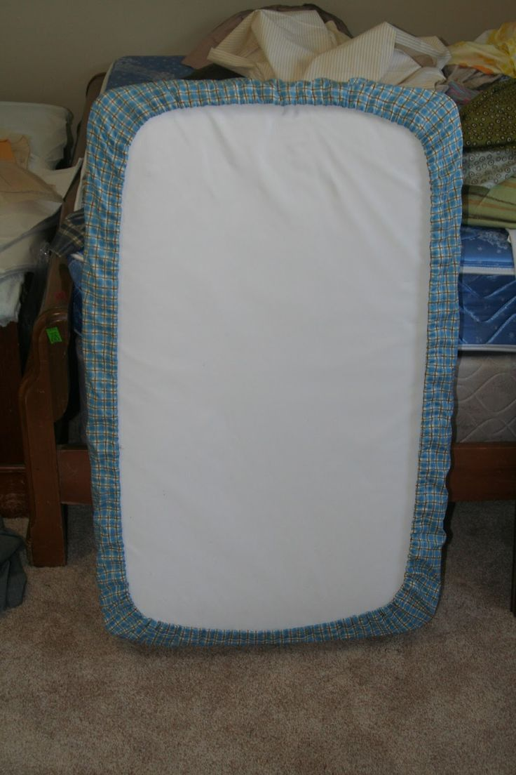 A detailed tutorial with instructions on how to make a fitted crib sheet for any sized mattress.  This is a very easy sewing project for baby and a fun way to customize your nursery with whatever colors or decor theme you want.