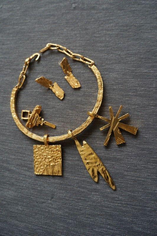 Ensemble collier, BO et 4 pendentifs Biche de Bere - vinted.fr