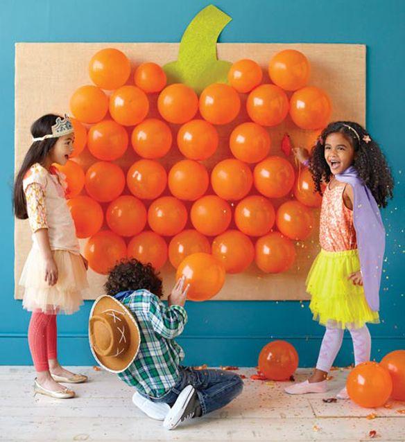 Preschool Crafts for Kids*: Halloween Pumpkin Balloon Game