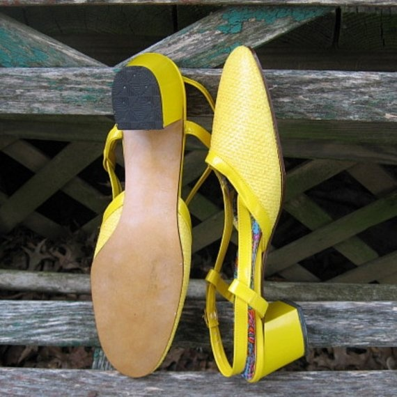 1960s Yellow Preppy Shoes Vintage with by BetteBeGoodVintage, $55.00