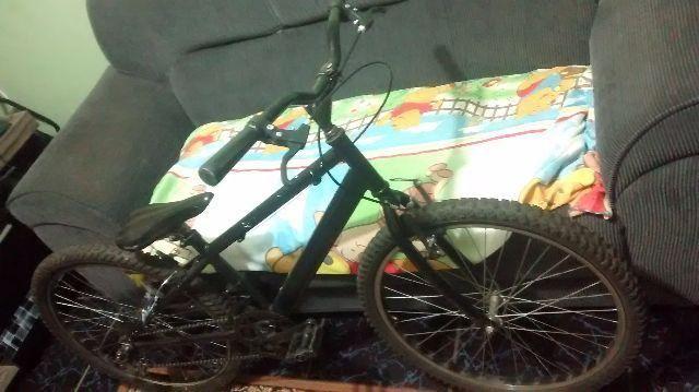 bicicleta em bom estado meu filho quer um skate aceito troca