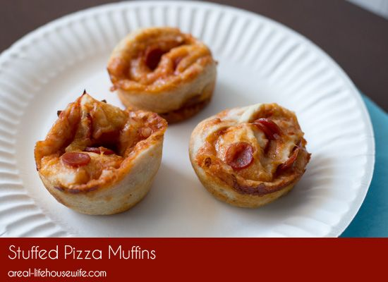 Stuffed Pizza Muffins – Quick and Easy Dinner Idea