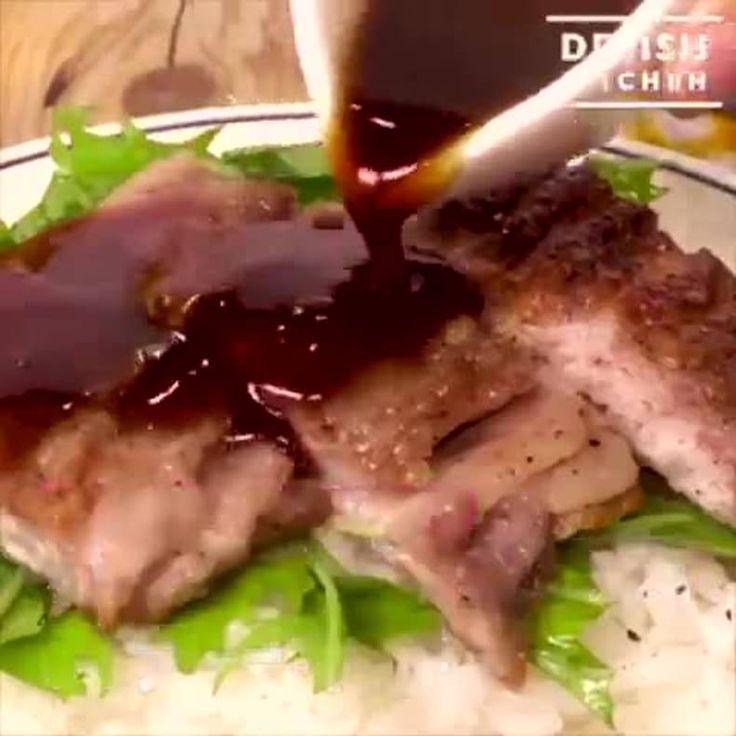 """パックのままで楽チン 薄切り肉のバタぽん""""ステーキ丼"""" https://lin.ee/gIXUnxE/lnnw"""