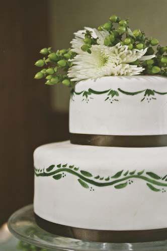 10 Real DIY Wedding Cakes – Inspiring Tales of Amateurs Making Wedding Cakes: A DIY Wedding Cake With Painted Fondant