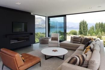Contemporary holiday home in Wanaka by architect Thom Craig