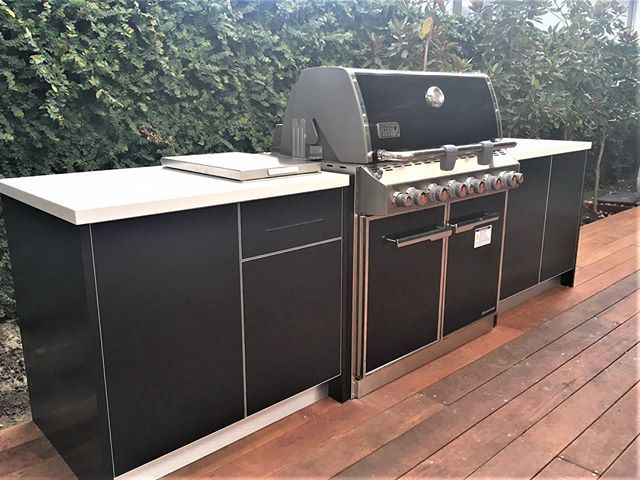 As Outdoor As It Gets Todays Project In Hawthorn Feat The Weber E660 Summit Grill Bbqkitchen Bbqkitch Outdoor Bbq Kitchen Outdoor Kitchen Bbq Kitchen