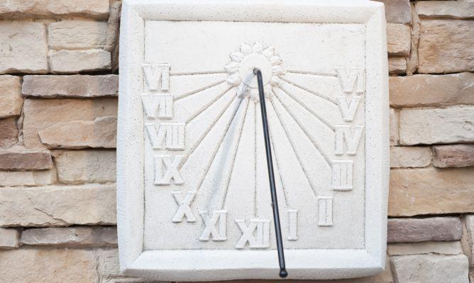 Instalar un reloj solar