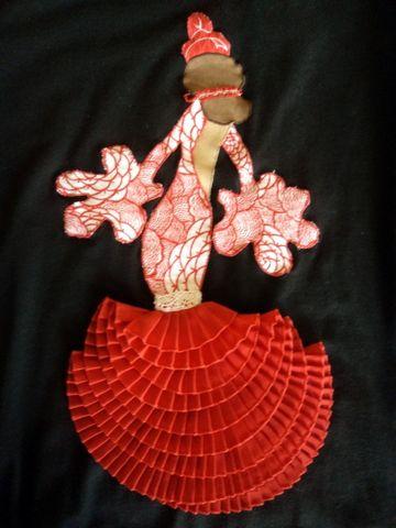 Camiseta con aplicación de flamenca