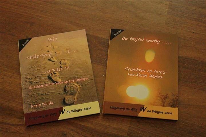 Mijn twee gedichtenbundels die ik heb uitgegeven. Met eigen foto's en gedichten over allerlei emoties uit het dagelijkse leven waar vaak moeilijk over te praten valt of waar men (nog) niet bewust van is: http://www.karinwalda.nl/webshop/gedichtenbundels-karin-walda