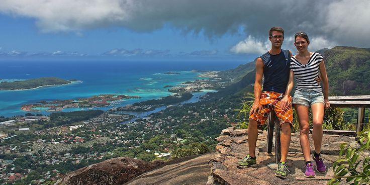 Bei den Seychellen denken die meisten von uns spontan an traumhafte Strände, an Sonne, Strand und Meer. Und damit liegt man natürlich auch sehr richtig, denn es reiht sich auf den kleinen Inseln im Indischen Ozean wirklich ein Traumstrand an den nächsten. Aber die Seychellen haben noch viel mehr zu... Mehr