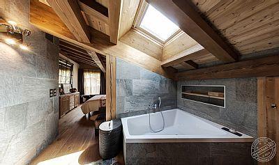 Chalet pour 10 personnes, 4 chambres, 3 salles de bain, Sauna, Garage & jardin - Rhône-Alpes   Abritel