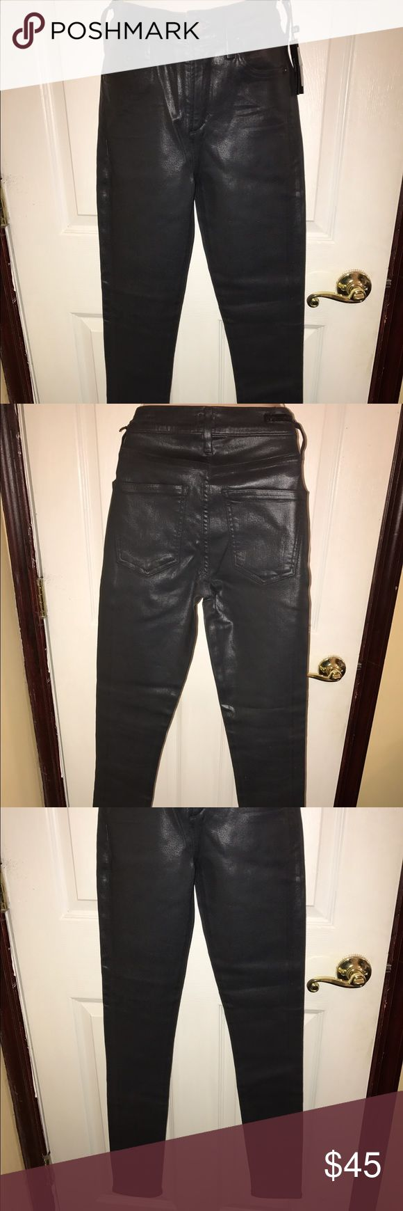 NWT CITZENS OF HUMANITY SKINNY JEANS Hot and trendy skinny jeans new with tags. Charcoal color with a sheen look. 3 front pockets and two back pockets. 5 belt hoops. Measurements: waist: 13in, length from waist: 40in, hips: 14.5 in Citizens of Humanity Jeans Skinny