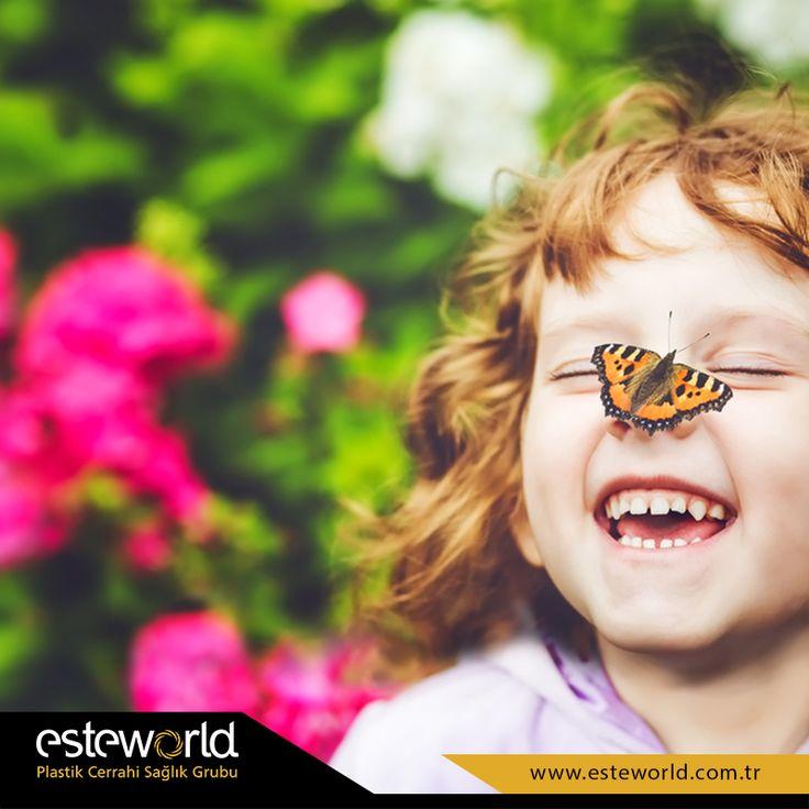 Neşeniz bol, derdiniz bir kelebeğin ömrü kadar olsun! :) #fun #smile #butterfly #kelebek #esteworld #happy