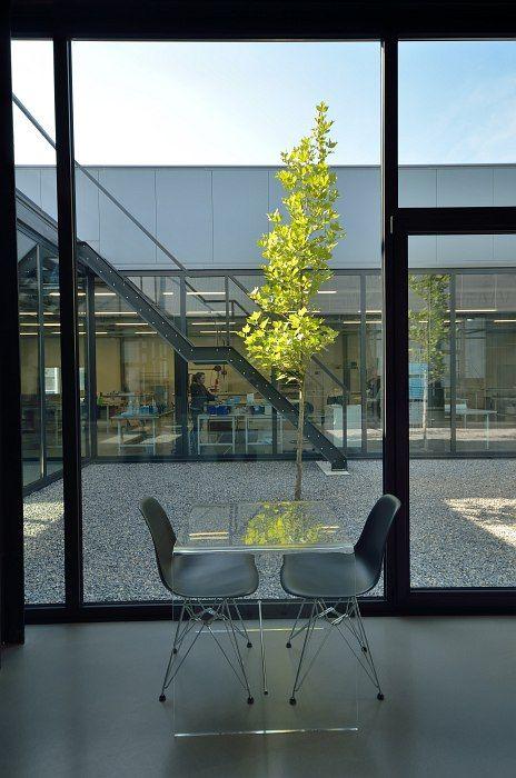 pmma clear tables, design, yeti, arch. Jacek Krych, yeti.krakow.pl, jacekkrych.pl