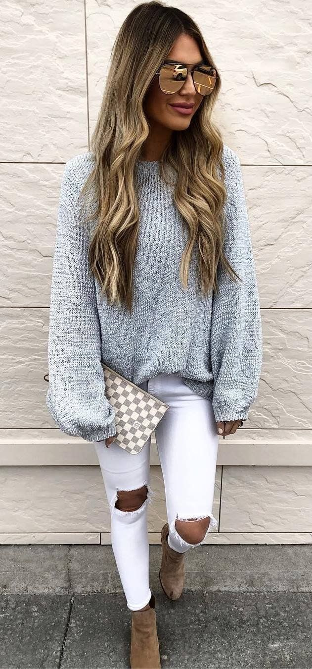 spring outfit idea_grey sweater + clutch + white ripped