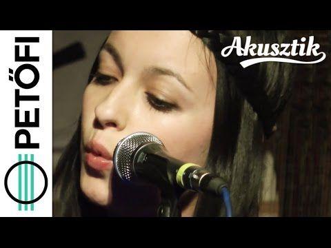 (1) Manoya - Csönded vagyok (Petőfi Rádió Akusztik) - YouTube