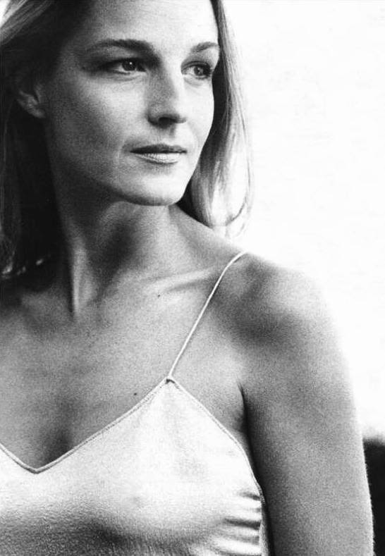 Helen Hunt - Powerful