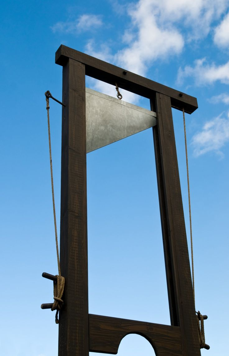 France Announces it Will Use Guillotine on Terrorists - Following last week's terrorist attack in Paris, which claimed 129 lives, French President François Hollande announced his intention of finding his inner-Robespierre and employing the guillotine to execute ISIS-linked terrorists. ~ Way to go France !!! Get this the leader of isis says its unfair to behead captured terrorist ! Bahahaha! !!! ~ Str8 Up Patriot Guy