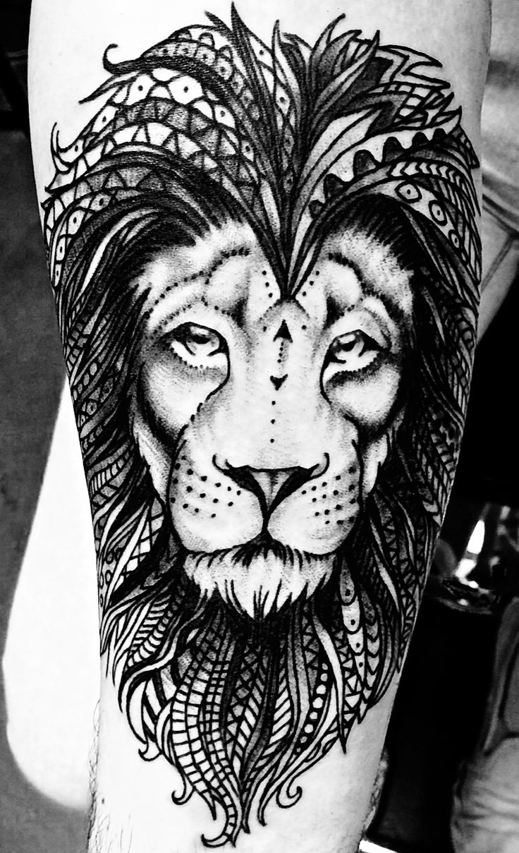 Lion drawn by Alina Bogachuk Tattooed by Andy Howl at Howl Gallery/Tattoo in Fort Myers, FL