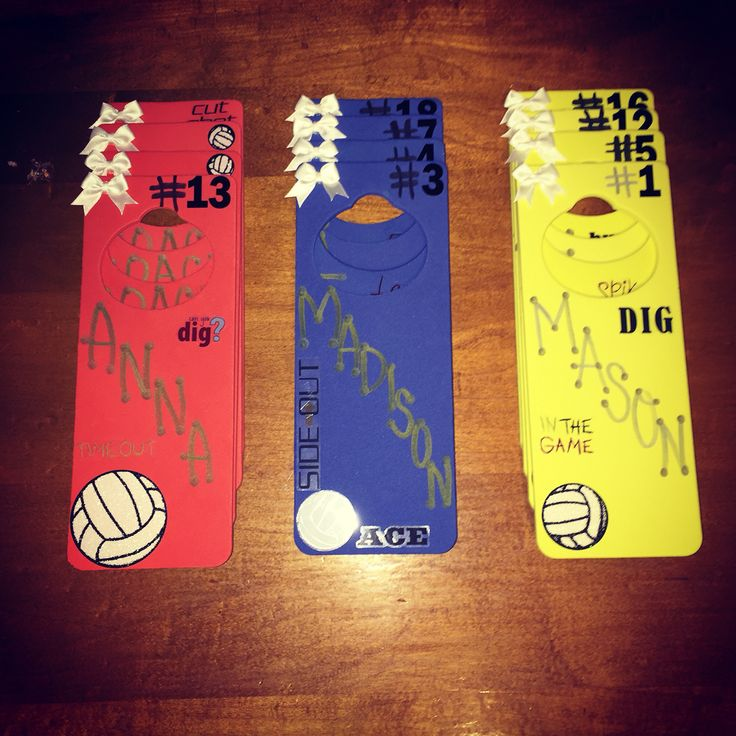 I made these door hangers for my daughters out of town volleyball tournament. Much better than taping something to the door.