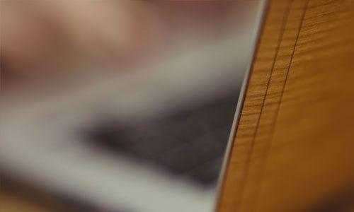 Glitty MacBook Cover Kirsebær 3