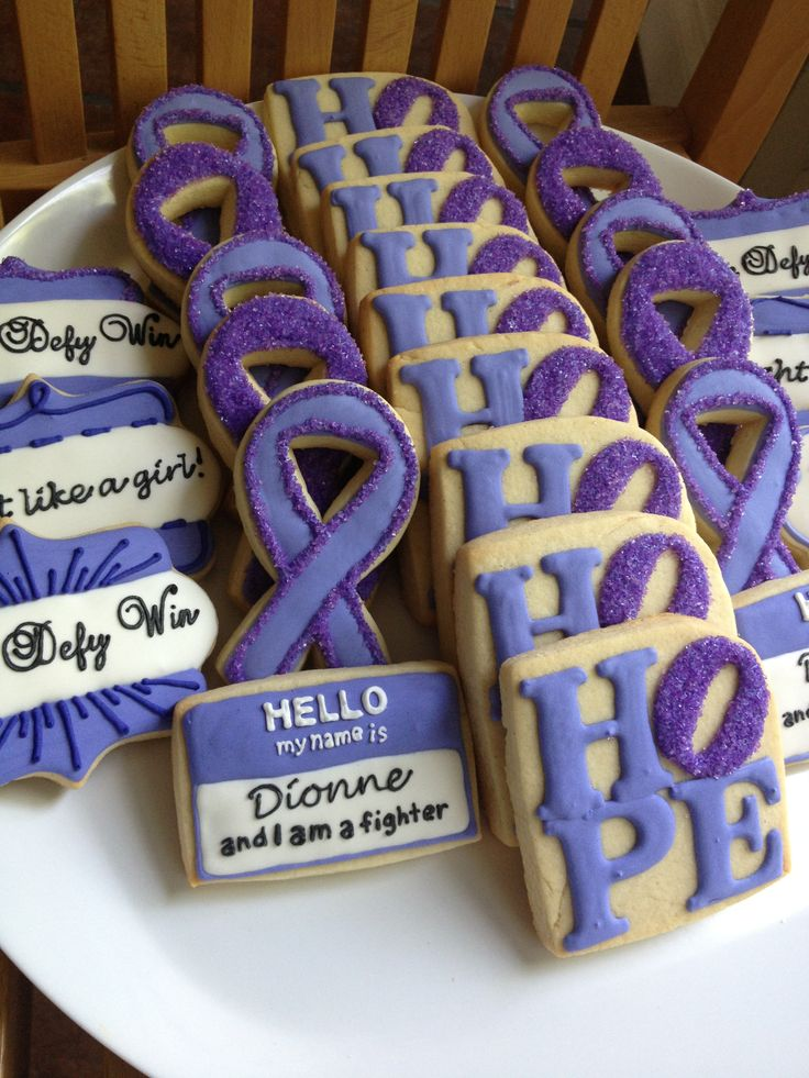 Hodgkin's Lymphoma support cookies. I wish I was this talented! Would be awesome for Julie's benefit.