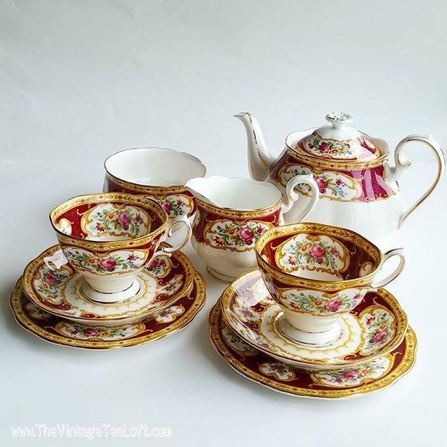 royalalbert lady hamilton china royal albert lady. Black Bedroom Furniture Sets. Home Design Ideas