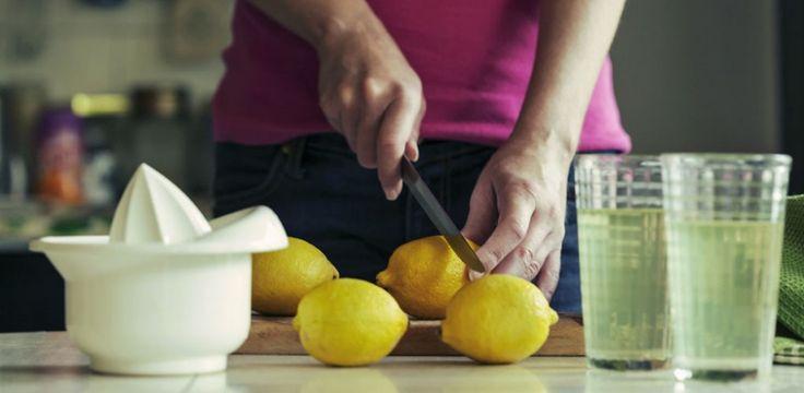 Mindestens eine Kleidergröße pro Woche: Das verspricht die Zitronendiät, die bei Hollywoods Promi-Damen schon seit Jahren sehr beliebt ist...