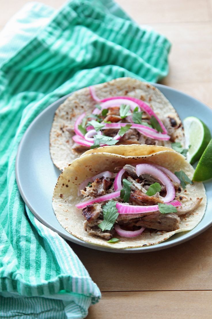 Slow-Cook Your Way to Succulent Carnitas Tacos
