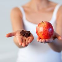 La dieta funzionale di Sara Farnetti, apparsa sulla rivista Più Sani e più belli, è un regime che permette di aumentare il metabolismo e migliorare la digestione mangiando le giuste combinazioni alimentari nei giusti momenti della giornata. Ecco il piano settimanale.