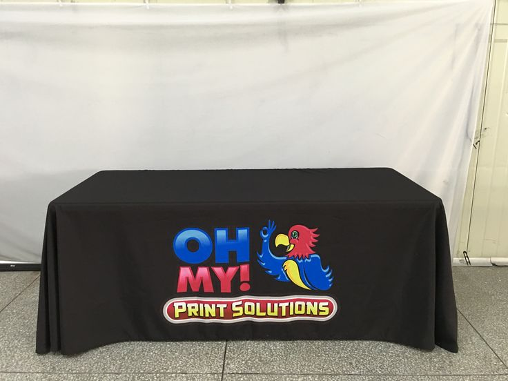 Custom tablecloths are our specialty, and with over 15 options to choose from you can be sure we have one to suit your needs 👍 #ohmyprint #tablecloth #custom #fabric #vancouver #canada #tradeshows #tradeshow #events #fall #autumn