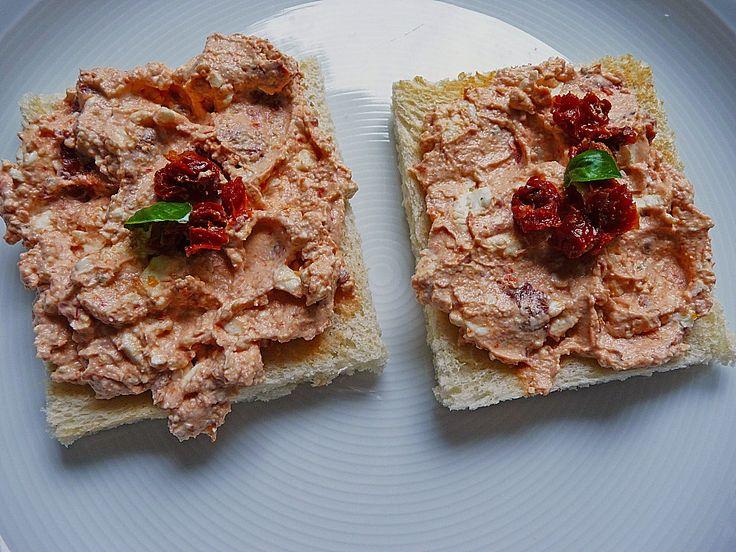 Feta - Tomaten - Frischkäse - Creme, ein tolles Rezept aus der Kategorie Camping. Bewertungen: 57. Durchschnitt: Ø 4,6.