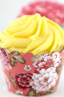 Vintage tea cake wraps from The Little Things - gorgeous!