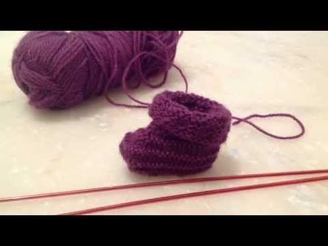 ▶ Tricoter des chaussons pour bébé - Le tricot facile: Apprendre à tricoter des chaussons pour bébés - YouTube