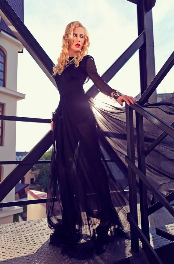 """A Diva's Day"" - Tatiana Marinescu, photographed by Lightaholic at Epoque #black dress #blonde beauty"