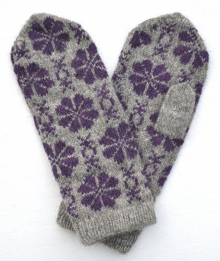 Tumvantar i det gamla öländska mönstret Blomma och Väderkvarn