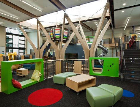 TRILLIUM CREEK PRIMARY SCHOOL in West Linn, Oregon. Dull Olson Weekes / IBI Group Architects.