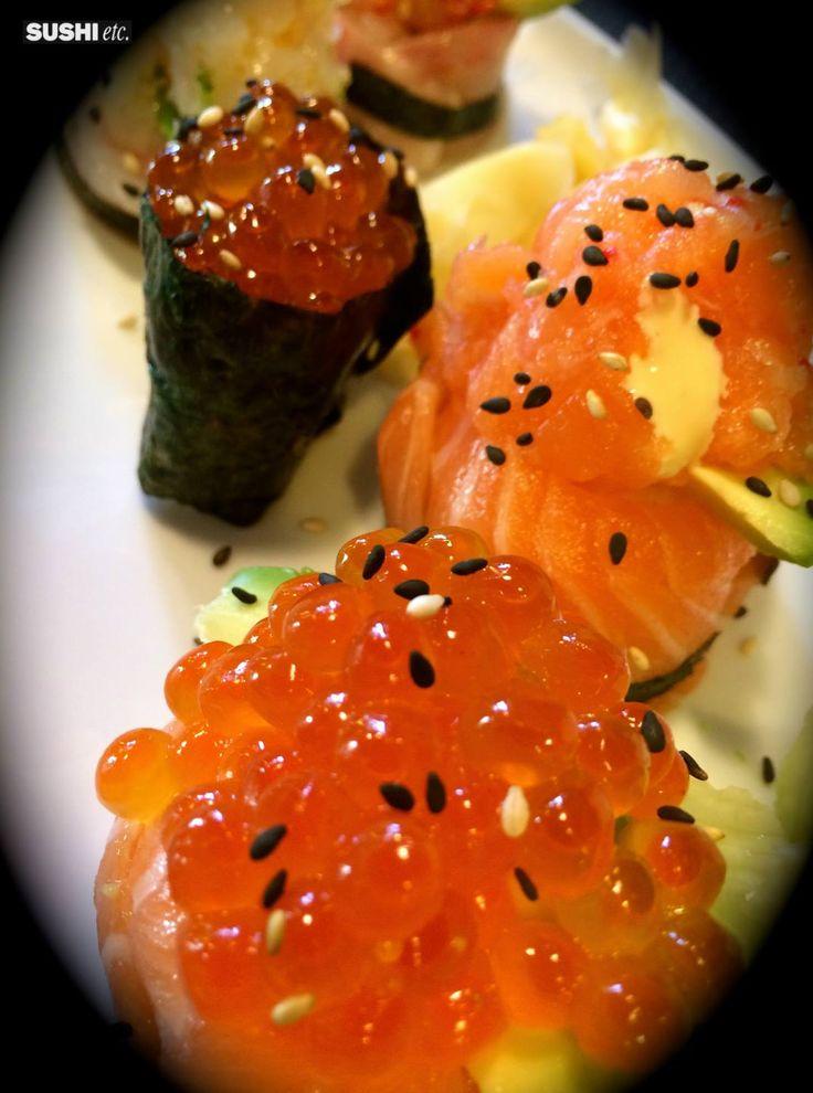 Gunkan with #salmon #eggs #seaweads #sesameseeds #bignè #ikura #mayo #japan #expomilano2015 #ginger #wasabi #soysauce