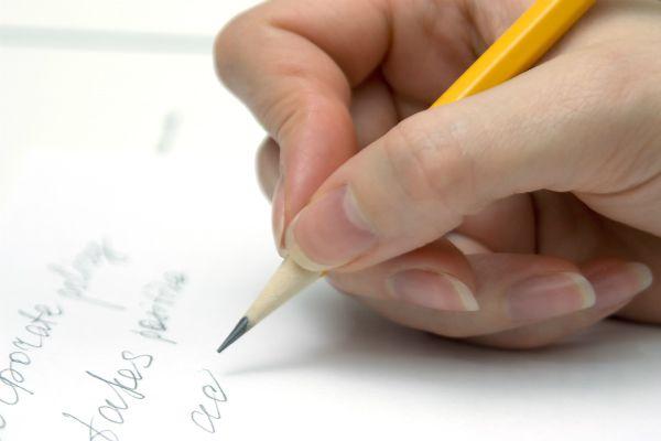 Psikologi: 6 Rahasia Karakter Di Balik Tulisan Tangan