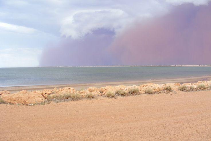 Approaching Duststorm