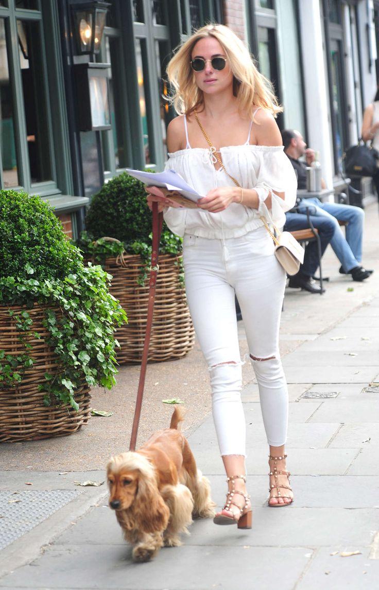 Kimberley Garner in Ripped Jeans Walking her dog