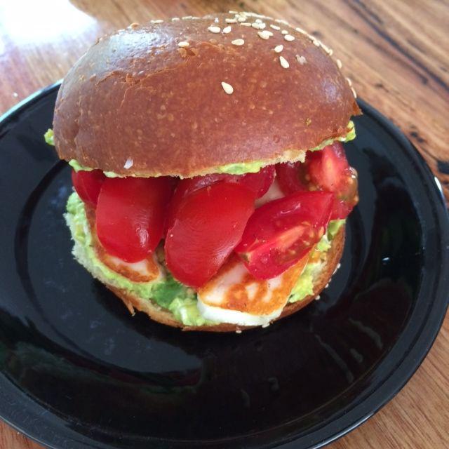 Haloumi, avocado, tomato challah roll