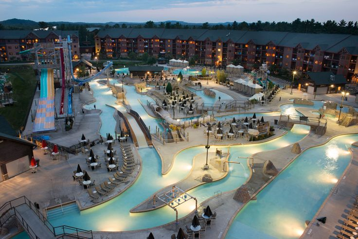 Lost World Outdoor Waterpark at dawn Glacier Canyon Lodge at the Wilderness, Wisconsin Dells