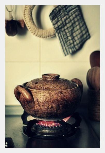 食卓に味わいと深みが増す伊賀焼長谷園の魅力的な陶器たち