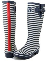 Ladies Wellies Nautical design Evercreatures wellington boots by savvysurf