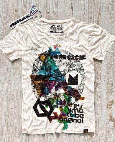 T-shirten 'Russell' er fra det kvalitetsbevidste brand #Monocache og bærer Berlin's skyline på brystet. #tshirt #mens #graphic #tee #aalborg #t