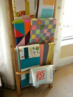 love this idea for displaying quilts